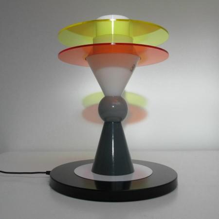 Bay tafellamp Ettore Sottsass Memphis Milano