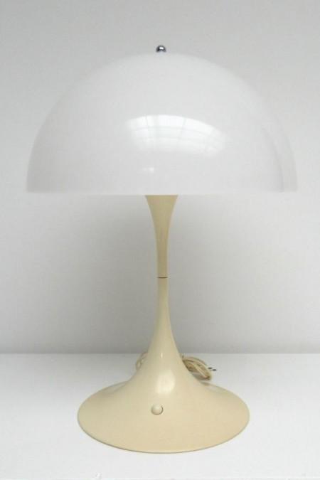 Panthella lamp Verner Panton Louis Poulsen