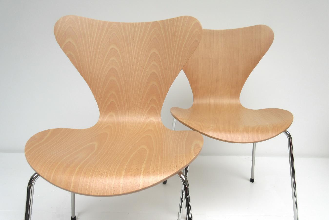 Hello design classics vlinderstoel 2x arne jacobsen for New classic furniture design