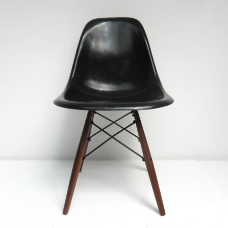 Eames DSW Herman Miller