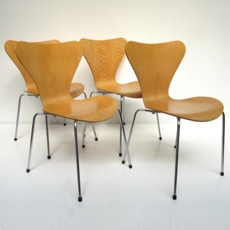 vlinderstoel Arne Jacobsen