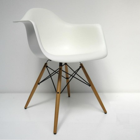 "DAW Eames Dining Armchair ""oude hoogte"""
