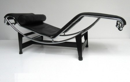 LC4 Chaise Longue Cassina