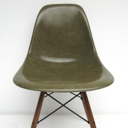 Eames fiberglass Herman Miller DSW