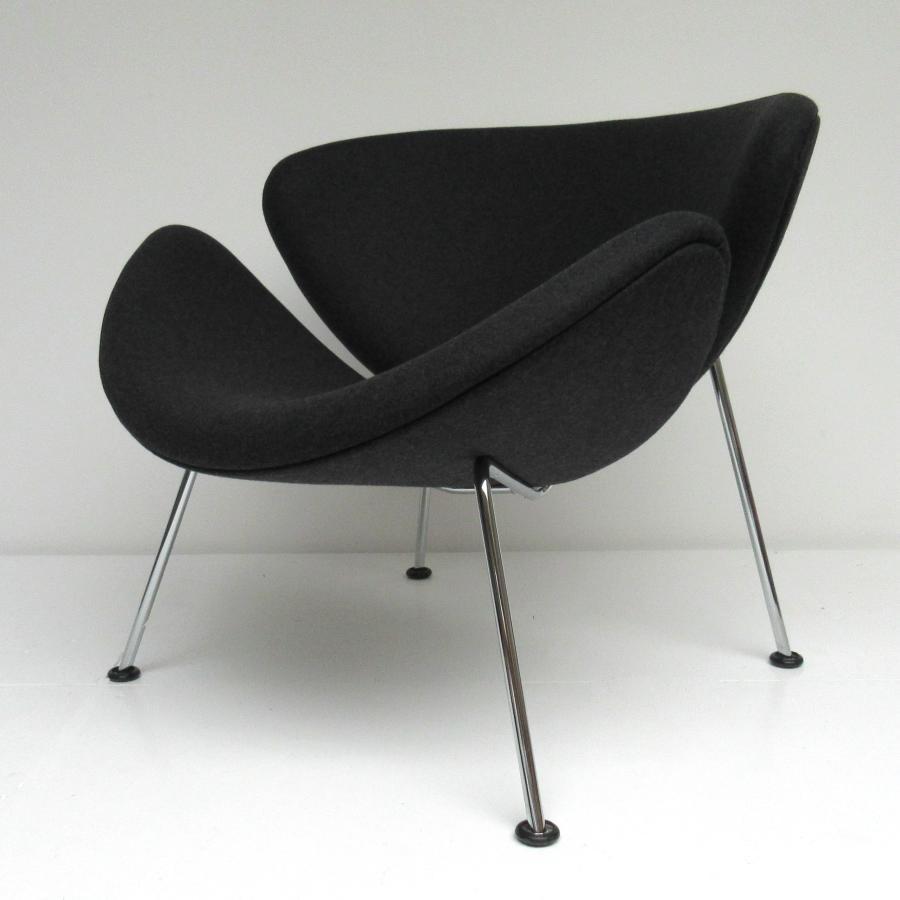 hello design classics orange slice voetenbank artifort pierre paulin hello design classics. Black Bedroom Furniture Sets. Home Design Ideas