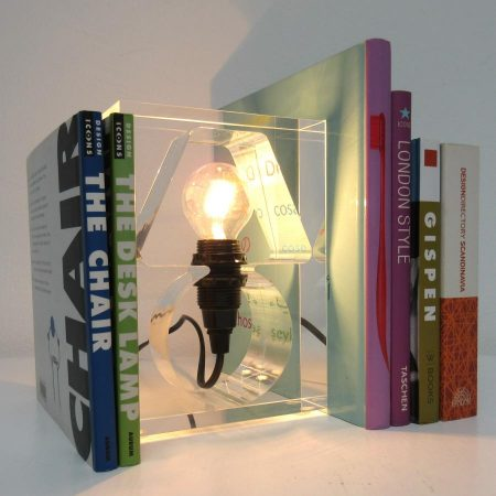 Writers Block lamp en boekensteun Goods