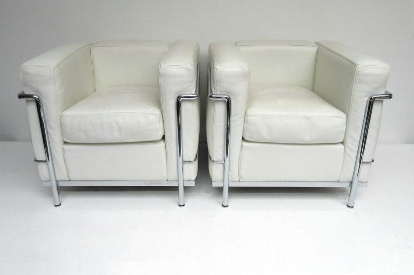 hello design classics lc2 le corbusier cassina hello. Black Bedroom Furniture Sets. Home Design Ideas