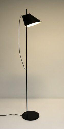 YUH vloerlamp by GamFratesi Louis Poulsen