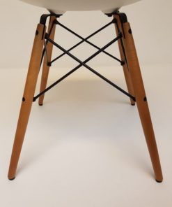 Dining-chair-wood-Eames-vitra-DSW-esdoorn.4