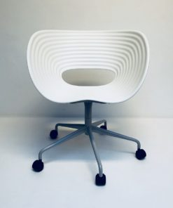 Tom-vac-stoel-met-wielen-Ron-Arad-Vitra.1