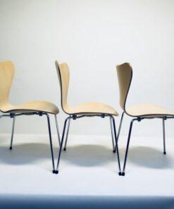 Vlinderstoel-Arne-Jacobsen-Fritz-Hansen-Ahorn.2