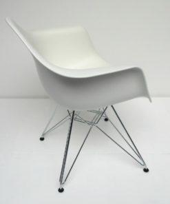DAR Vitra Dining arm chair wit 1