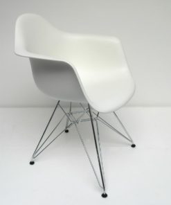 DAR Vitra Dining arm chair wit 2