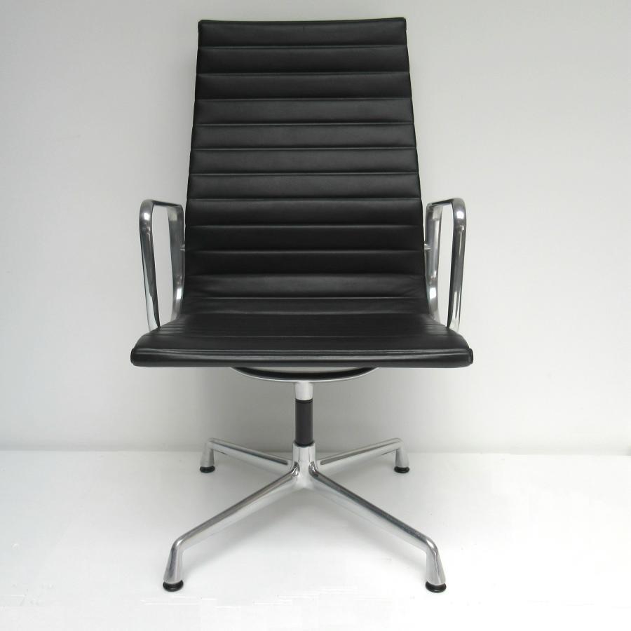 Bureaustoel Vitra Eames.Eames Ea108 Special Bureaustoel Met Hoge Rug Hello Design Classics