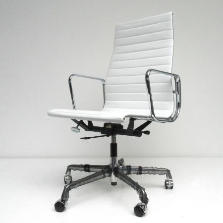 EA119-Eames-Vitra-leder-wit-B
