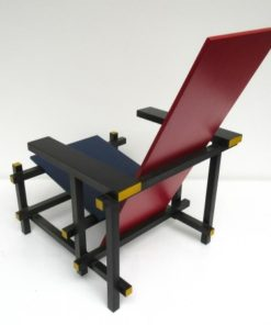 RED AND BLUE RIETVELD CASSINA 5