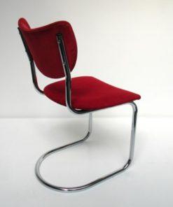 de-wit-rood-buisslede-stoel-2011-2