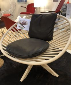 Superstructure lounge chair