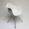 DAR Eames Vitra Wit
